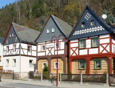 historisch restaurierte fachwerkhäuser in bad schandau - sächsische schweiz