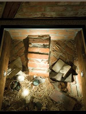 blick in das alte gemäuer des bauernhauses - bauernhaus vetter im kurort gorhisch