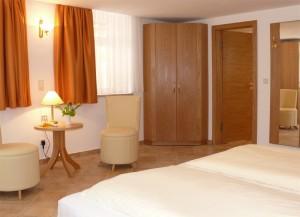 Apartmentzimmer im Fährhaus Hesse